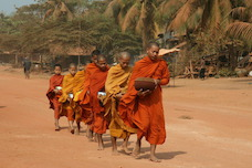 monks-collecting-alms_02_228